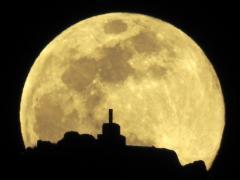 Superluna gusano en Santiago de Compostela