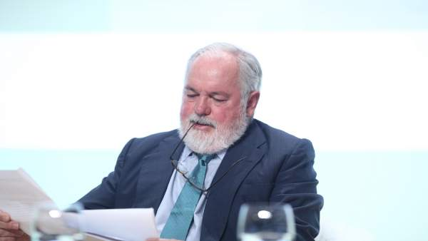 Miguel Arias Cañete en el Congreso Nacional de Energías Renovables