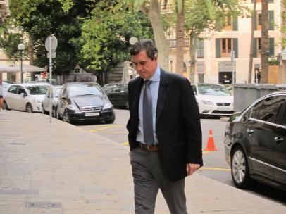 Jaume Matas llegando a la Audiencia