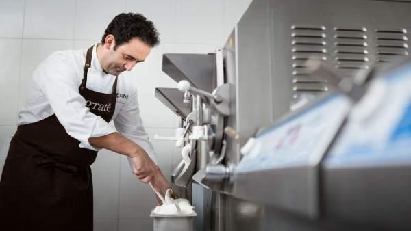 El maestro heladero riojano, Fernando Sáenz