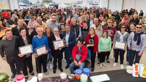 Requejada celebra la primera Gran Feria del Padre con 70 puestos de gastronomía