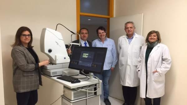 Los oftalmólogos del Hospital Clínico ponen en marcha un proyecto piloto de crib