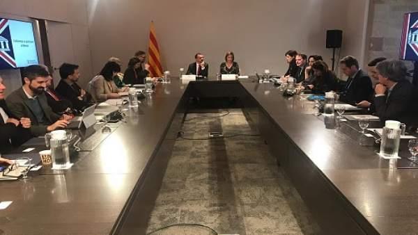 El Govern lanza una web sobre el Brexit para resolver dudas a ingleses y catalan