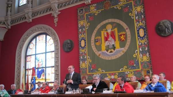 Lambán subraya el apoyo esta legislatura a la UZ en financiación, promoción del