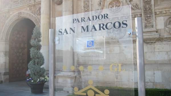 Parador De San Marcos En León