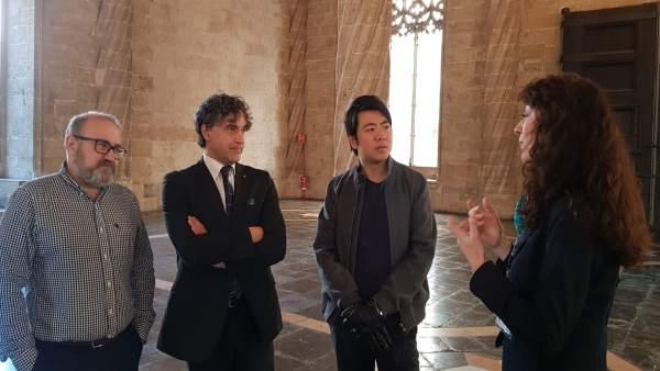 Turismo.- El pianista Lang Lang recorre la Ruta de Seda en València y se convier