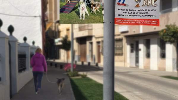Granada.- El Ayuntamiento de Huétor Tájar conciencia a sus vecinos para que reco