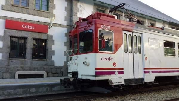 El tren recorre la sierra a más de 2.000 metros de altura.