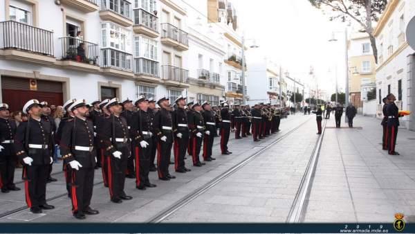 Cádiz.- La Infantería de Marina realiza este miércoles un arriado de bandera en