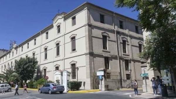 La decisión del uso del hospital de la Montaña de Cáceres se deja para el nuevo