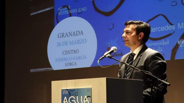 Granada.- El Foro de la Economía del Agua advierte de la necesidad de diversific