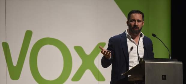 El presidente de Vox, Santiago Abascal, visita Huesca