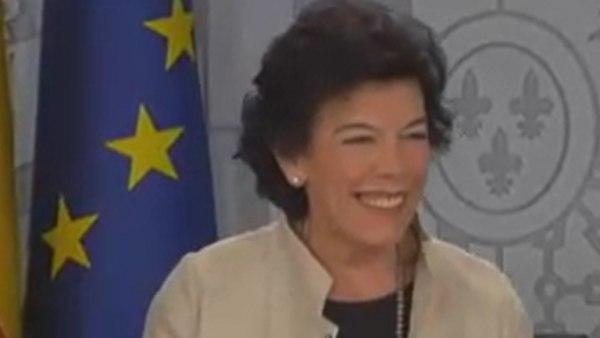 A Celáa le entra la risa al comunicar el nombre de nuevas especies invasoras en España: cerdo vietnamita, pitón real...