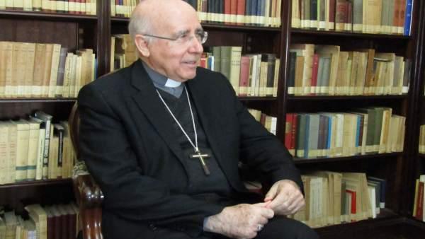 Huelva.- El obispo destaca el trabajo de los onubenses por que la Semana Santa s