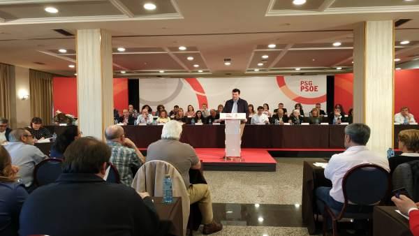 Gonzalo Caballero (PSdeG) anuncia que entrará en el Parlamento de Galicia despué