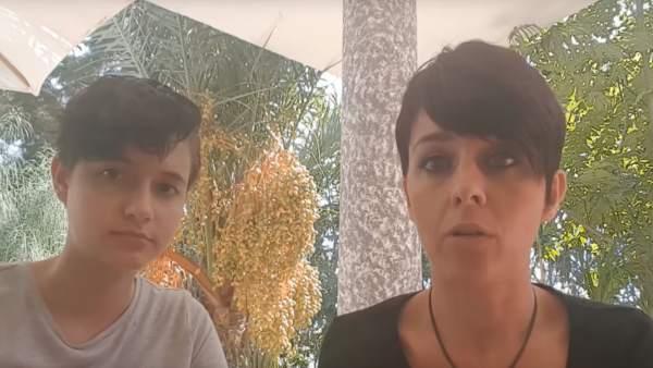 Patricia Aguilar y Noelia Bru, en un instante del vídeo grabado