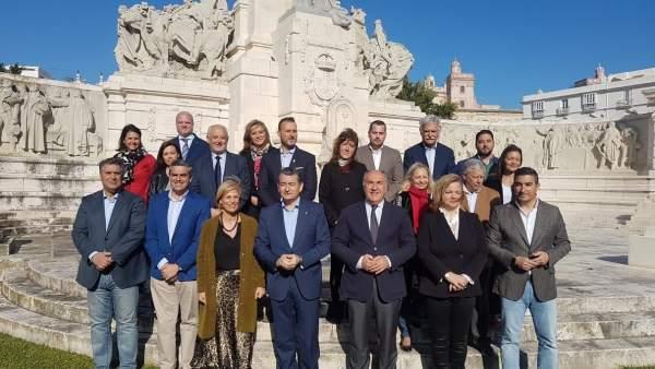 Cádiz.- PP presenta una candidatura 'ganadora' para 'volver a poner en marcha el