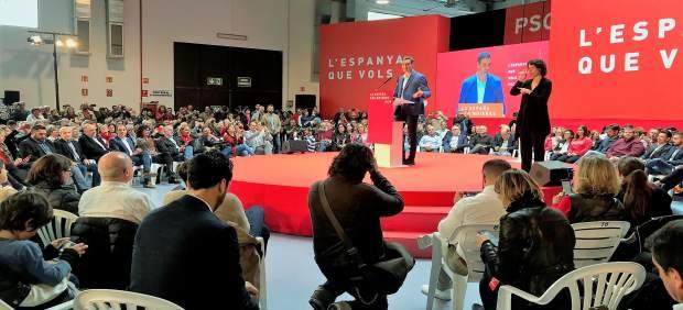 Pedro Sánchez defiende la labor de Iceta durante el 1-O