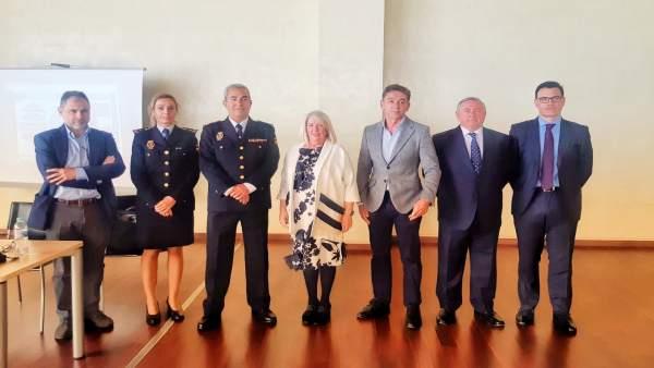 Córdoba.- El sector de la joyería y la Policía Nacional celebran una jornada for