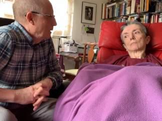 Reabierto el debate de la eutanasia tras ayudar un hombre a morir a su mujer.