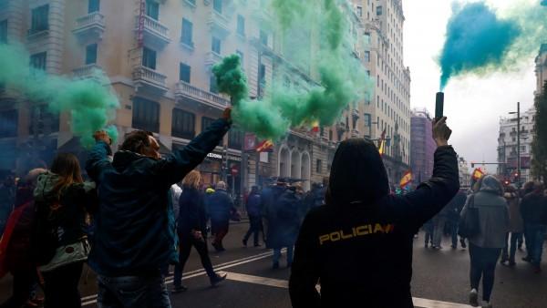 Manifestación de policías y guardias civiles