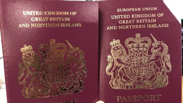 Reino Unido emite ya pasaportes sin las palabras Unión Europea en su portada