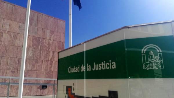 Málaga.- Tribunales.- Condenan a un hombre por participar en una operación inter
