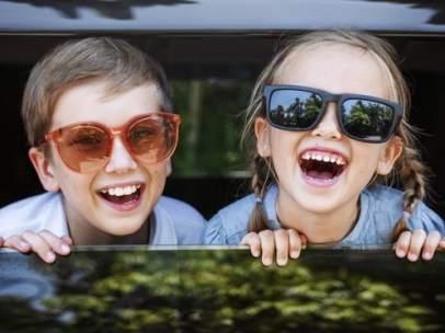La OCU advierte fallos de seguridad en dos modelos de sillas de coche para niños