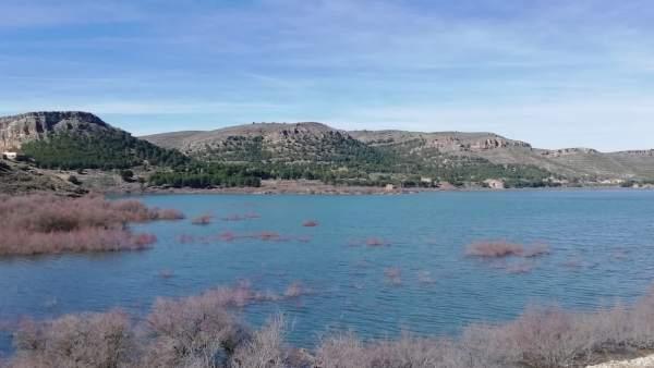 Los embalses de la Cuenca del Ebro se encuentran al 74% de su capacidad