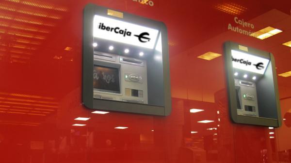 Ibercaja renueva la mayoría de los cajeros automáticos distribuidos en su red de