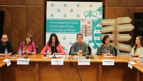 El Principado convoca 16 becas para que jóvenes asturianos participen en proyect