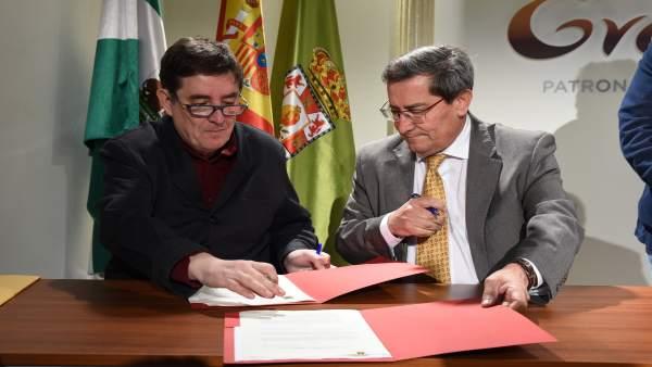 Granada.- La Diputación y el Instituto Cervantes firman un convenio para la prom