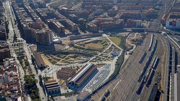 Imagen de los terrenos del Parque Central y del futuro canal de acceso