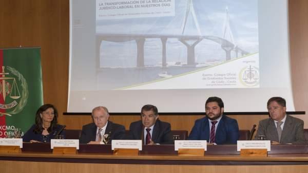 Cádiz.- Jueces del Supremo y TSJA abordan los cambios del Derecho Laboral en una