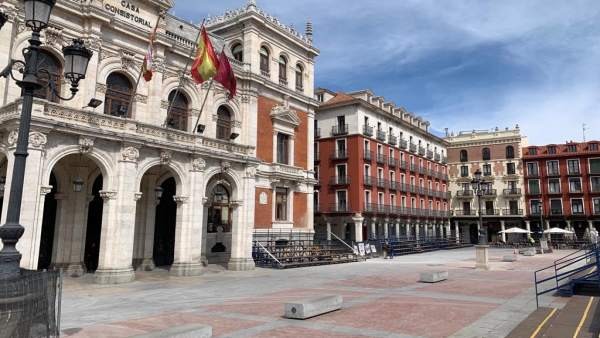 Saravia confirma que Urbanismo estudia una petición de ampliación por dos meses