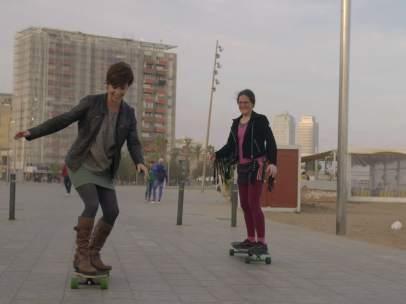 Samanta Villar y Erika, en 'La vida con Samanta'.