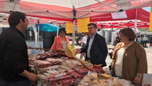 Granada.- PP defiende en la Feria Agrícola de Montefrío que es el 'único partido' que apoya la agricultura