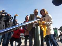 AV.- 28A.- Cs retira lazos amarillos de la UAB y denuncia a la Fiscalía el escrache a Álvarez de Toledo