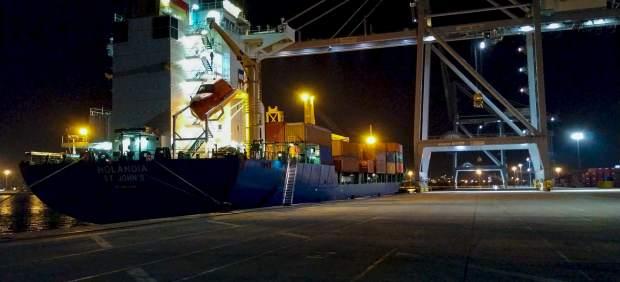 El Puerto de Tarragona inicia un servicio de contenedores con la naviera Tarros
