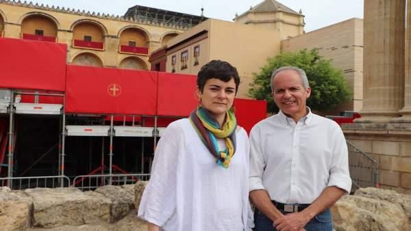Córdoba.- S.Santa.- Ganemos Córdoba critica que los palcos 'privatizan' la Semana Santa y 'amenazan' a la Mezquita