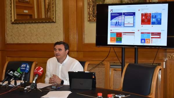 Málaga.- Entra en funcionamiento la aplicación móvil sobre el nuevo servicio de transporte urbano de Marbella