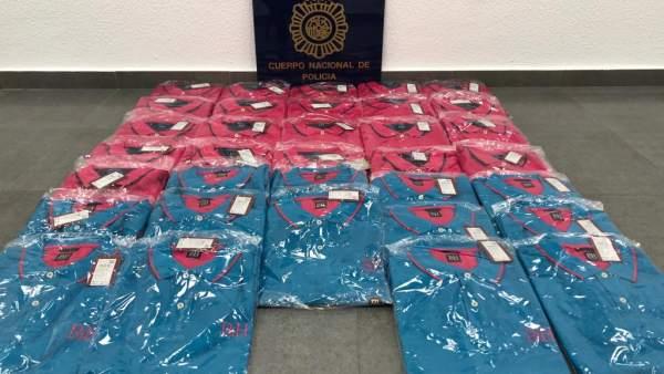 da160079b Desarticulado un grupo organizado de jóvenes que robaba en tiendas de ropa  de centros comerciales