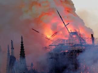Las impactantes imágenes del fuego que ha consumido Notre Dame