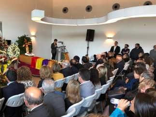 Amigos, familia y autoridades despiden a Neus Català, 'militante de la solidaridad'