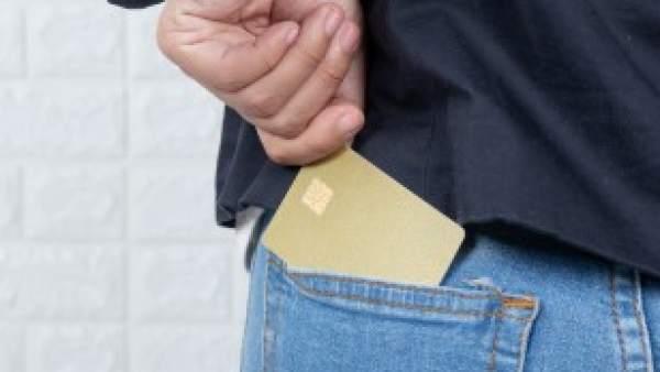 Si pierdo o me roban la tarjeta de crédito durante un viaje, ¿qué es lo que tengo que hacer?