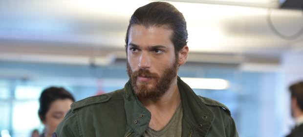 Can Yaman Going To Military Service