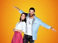 Demet Özdemir y Can Yaman, protagonistas de 'Erkenci Kus'