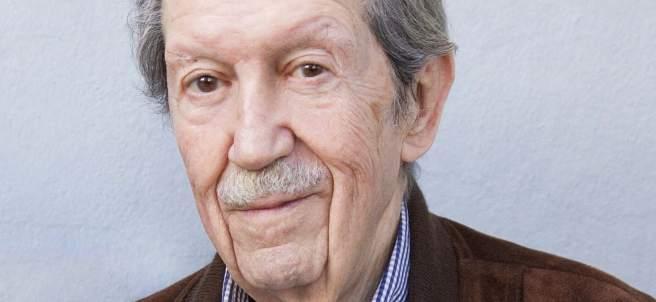 El poeta y escritor malagueño Manuel Alcántara.