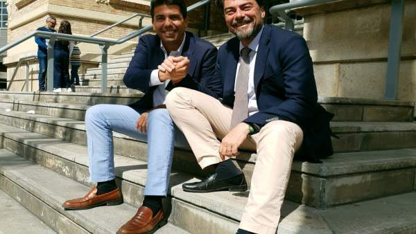 Barcala posa el director gerent de la Cambra de Comerç d'Alacant com a número dos de la seua llista a l'alcaldia