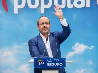 28A.- Fernández (PP) Asegura Que Casado Llega Para Recuperar 'La España Y La Catalunya De Todos'